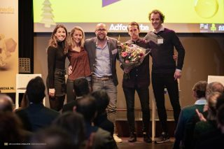 Value Zipper winnaar in categorie Printmedia van het Adformatie Kerstrapport 2018
